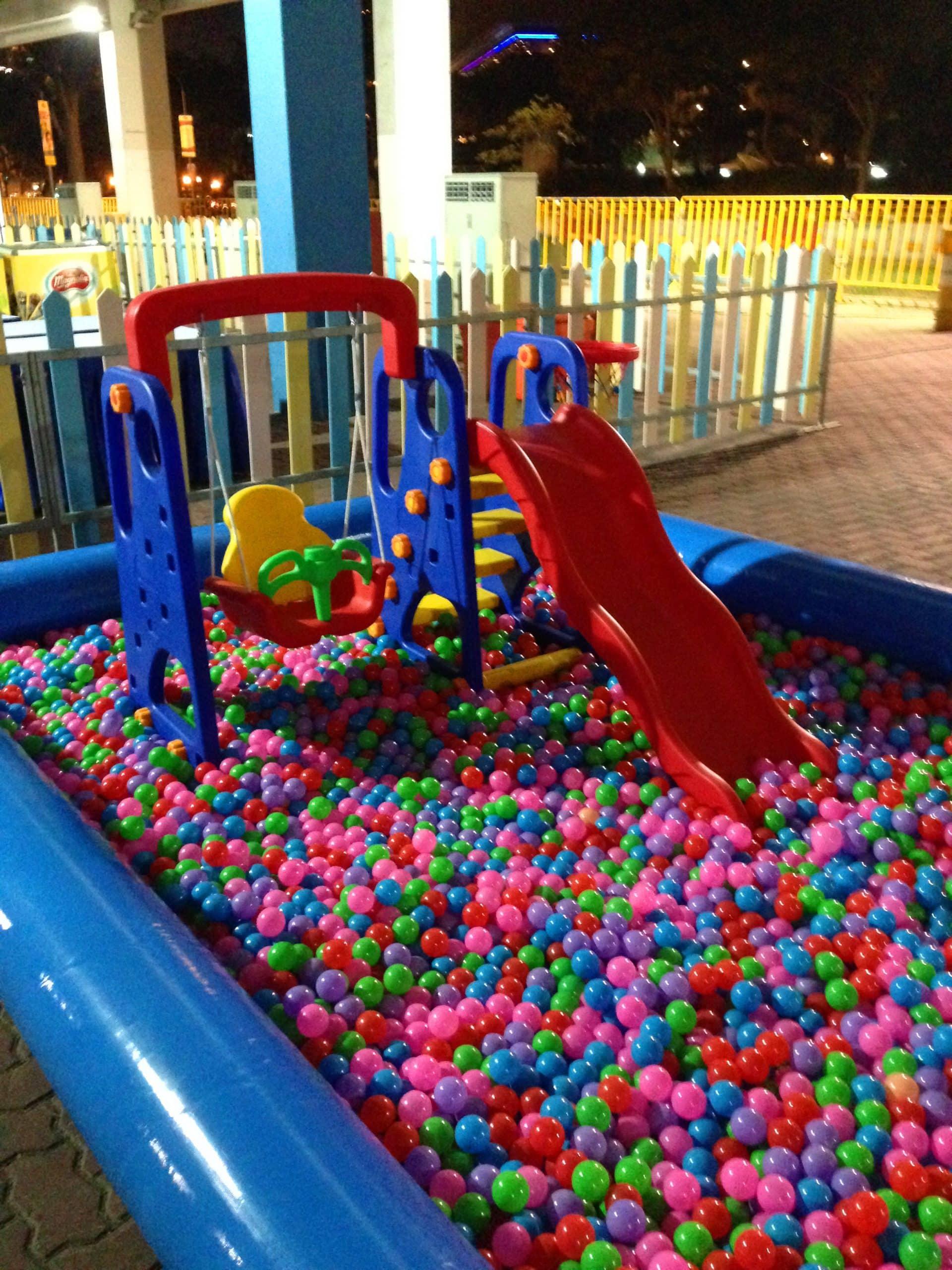 Bubble Pool Set